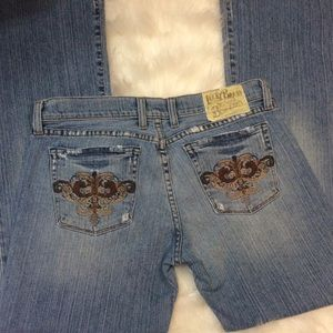 Lucky Brand Embroidered light flare jeans size 29